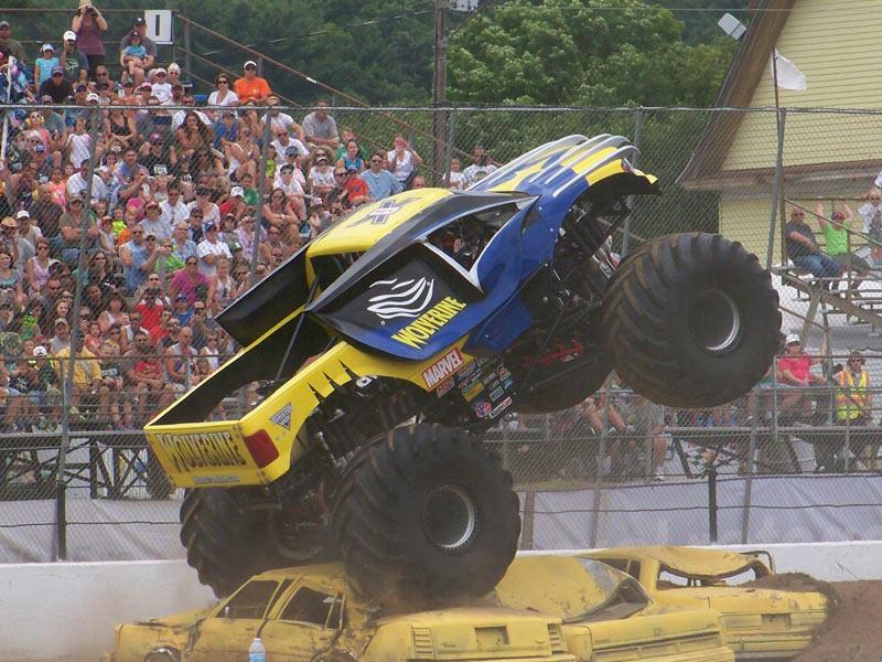 Stafford Springs Connecticut Monster Jam July 26 27 2014 Allmonster Com Where Monsters