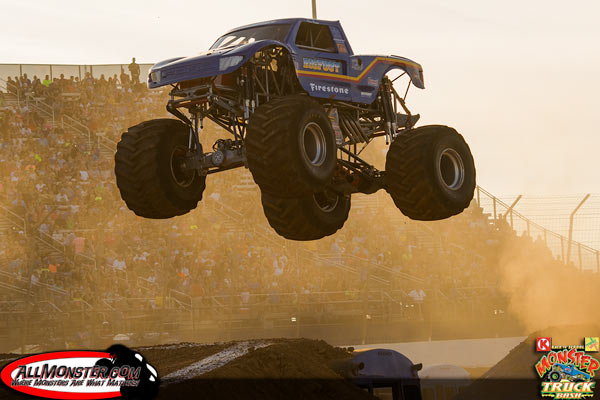 Bigfoot 21 - 2015 Back To School Monster Truck Bash