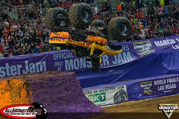 El Toro Loco - St. Louis Monster Jam FS1 Championship Series