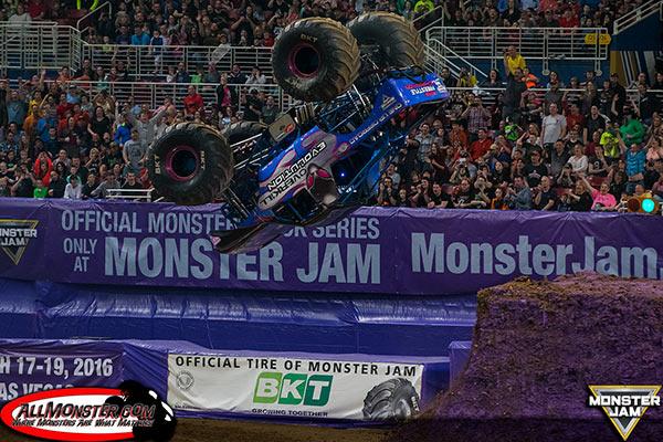 Overkill Evolution - St. Louis Monster Jam FS1 Championship Series